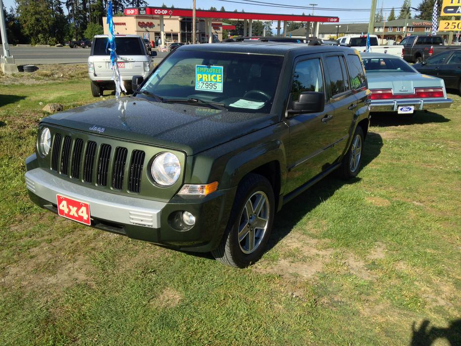 2007 jeep patriot 4x4 limited top model 2 4l 4 cyl 5 speed outside comox valley comox valley. Black Bedroom Furniture Sets. Home Design Ideas
