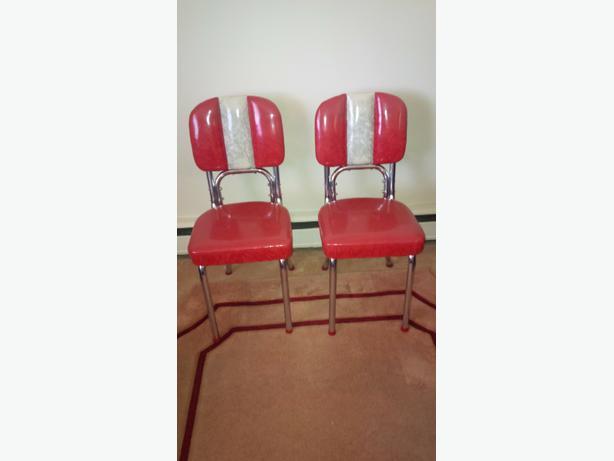 1950 39 S Retro Chrome Kitchen Chairs East Regina Regina
