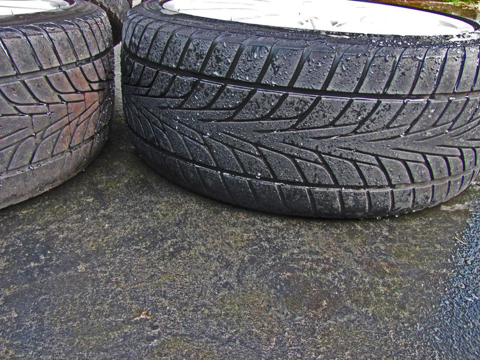 Bbs Rims Wheels Rd 127 With Universal Lug Nut Holes