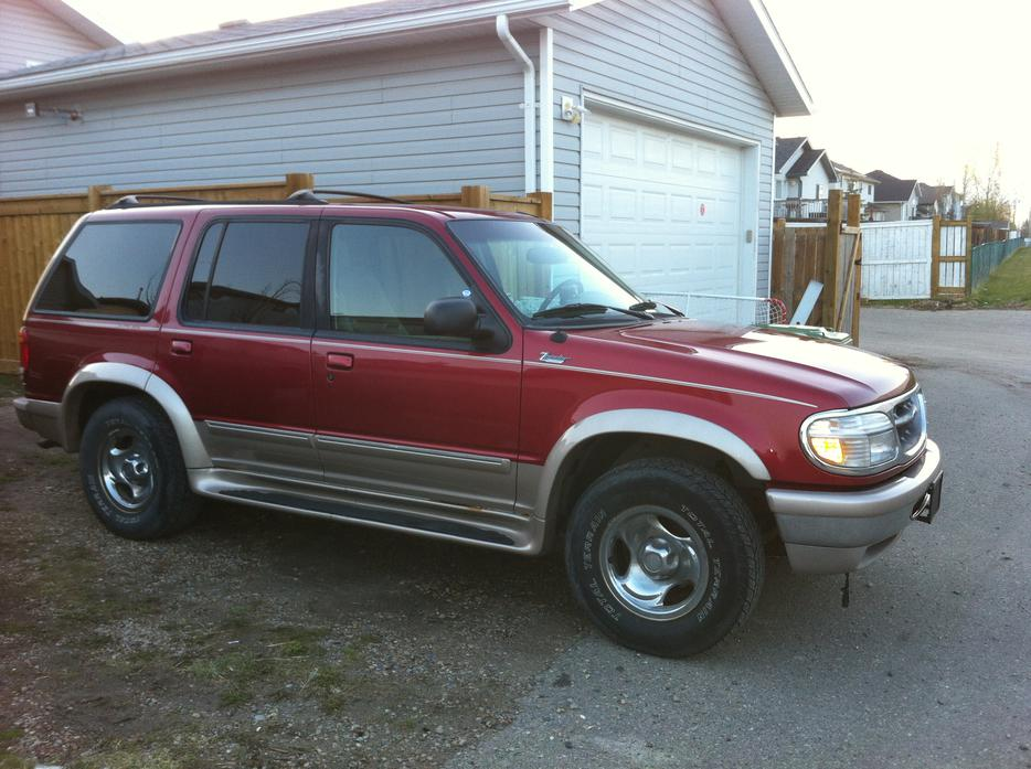 1998 ford explorer eddie bauer edition low mileage airdrie calgary mobile. Black Bedroom Furniture Sets. Home Design Ideas