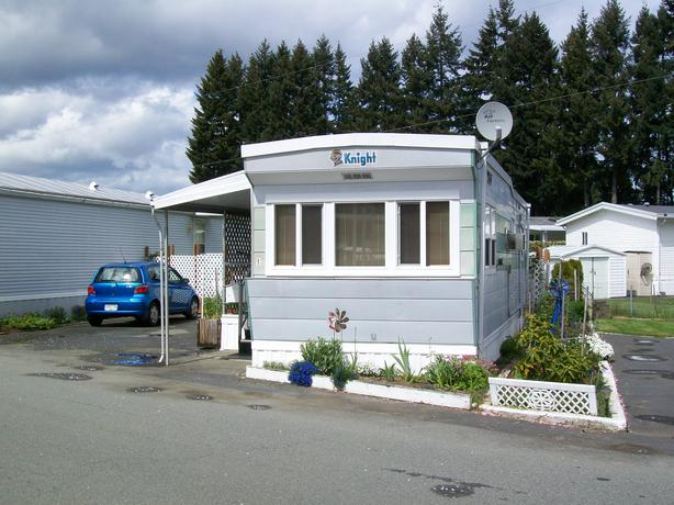one bedroom mobile home is like a cozy cabin in north 1 bedroom mobile homes floor plans