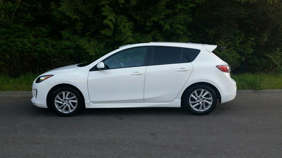 2012 mazda mazda3 gs skyactive ladysmith cowichan mobile. Black Bedroom Furniture Sets. Home Design Ideas