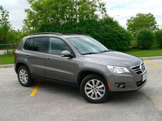 reduced 2015 volkswagen tiguan 4 motion awd saanich victoria mobile. Black Bedroom Furniture Sets. Home Design Ideas