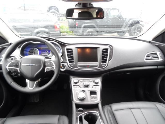 2015 chrysler 200 c w leather interior navigation langley langley mobile. Black Bedroom Furniture Sets. Home Design Ideas