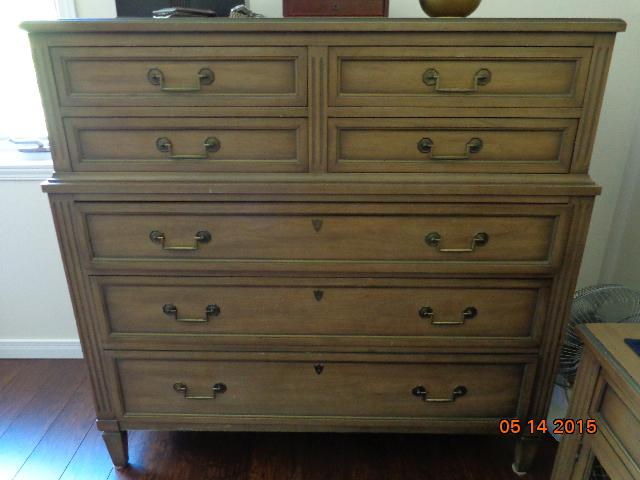 Heritage Henredon Bedroom Set Outside Ottawa Gatineau Area