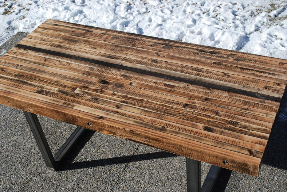 Hand Crafted Reclaimed Wood Dining Table South East  : 46697618934 from www.usedcalgary.com size 934 x 626 jpeg 160kB