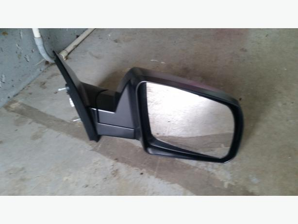 Toyota Tundra Side view mirrors 2nd Generation - NEW