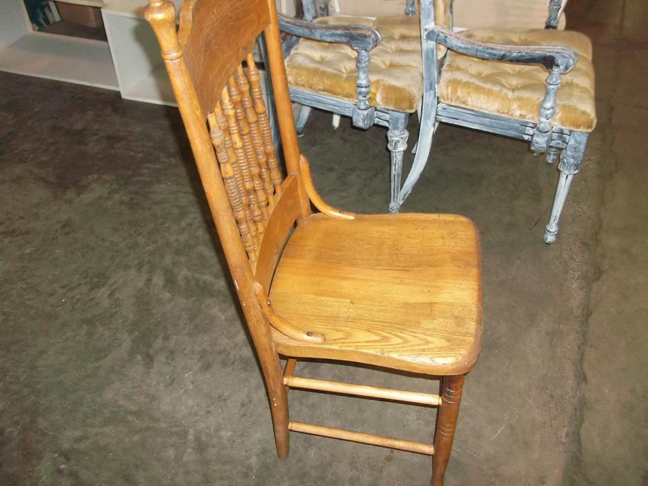 Was 20 Vintage Chair For Sale At St Vincent De Paul On Quadra Saanich Victoria Mobile