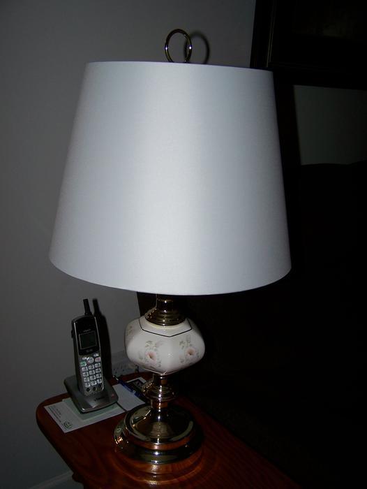 Floor Lamp w/matching Table Lamp Outside Nanaimo, Nanaimo