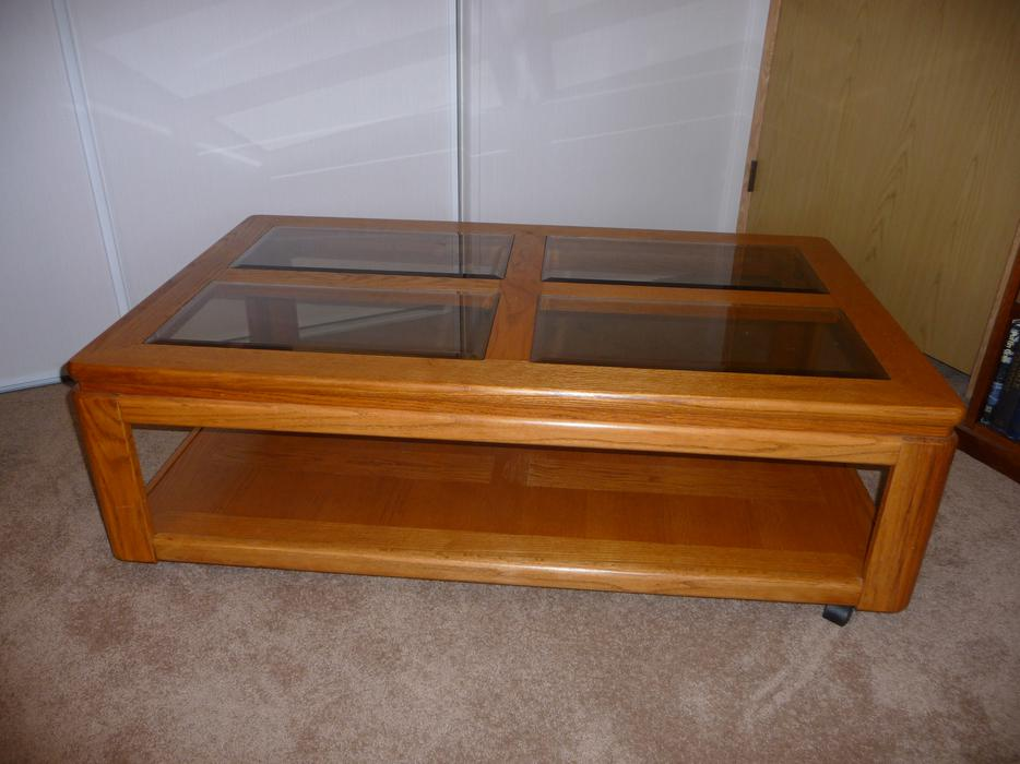 Glass Top Solid Oak Coffee Table Central Nanaimo Nanaimo