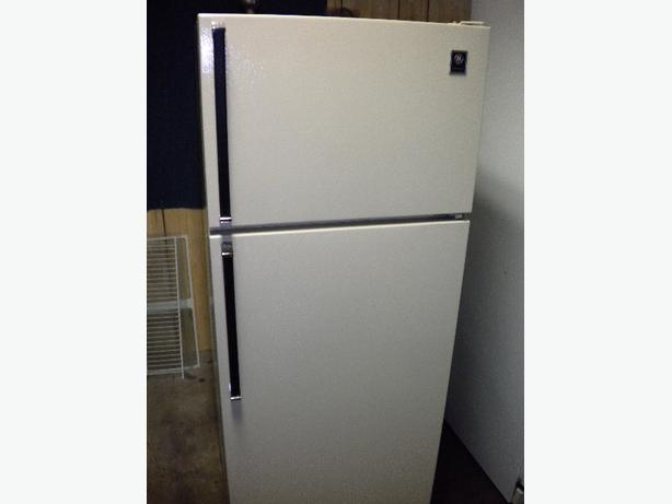 Immaculate 12 cu ft almond GE apartment size refrigerator Victoria ...