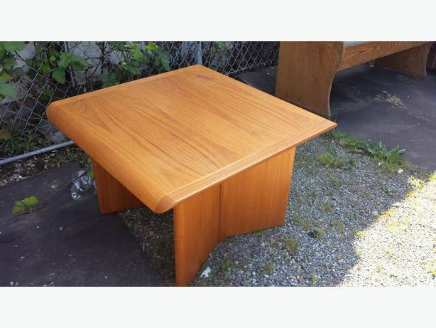 Solid teak coffee table central nanaimo parksville qualicum beach Solid teak coffee table
