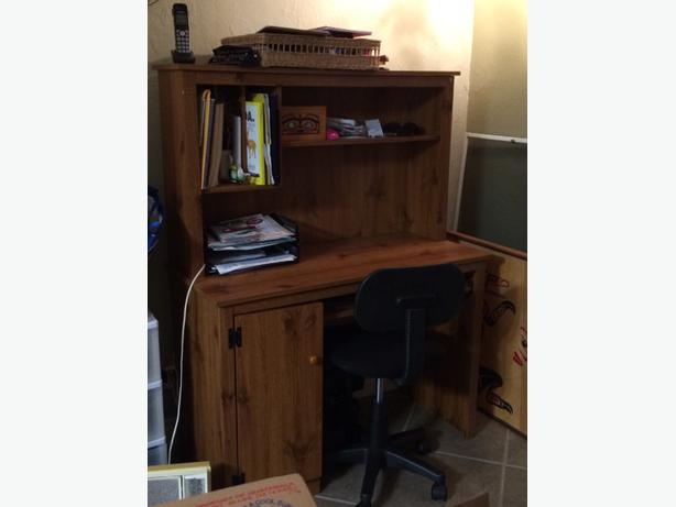 Computer Desk With Hutch Port Alberni Ucluelet