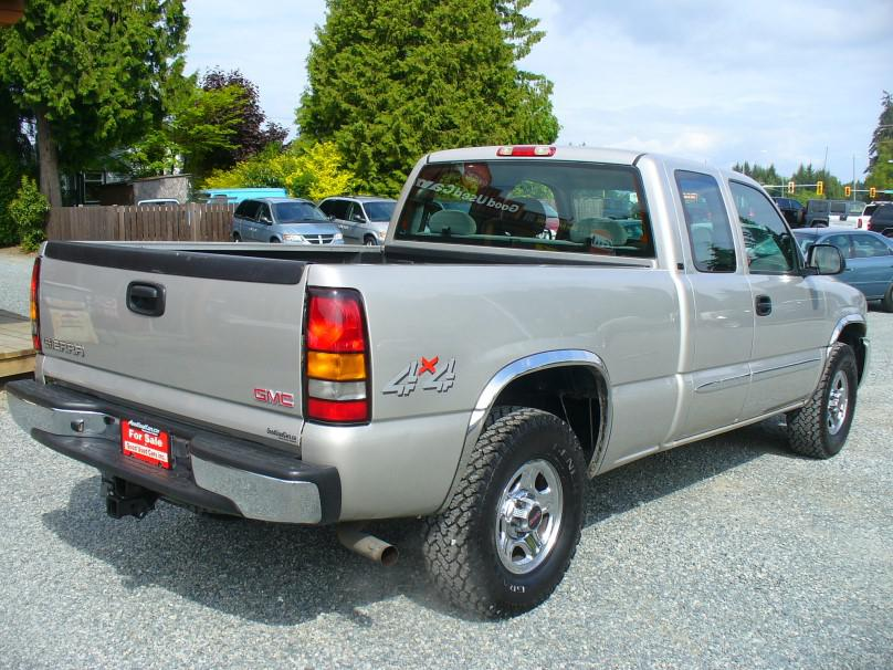 2004 gmc sierra 1500 ext cab 4x4 outside comox valley. Black Bedroom Furniture Sets. Home Design Ideas