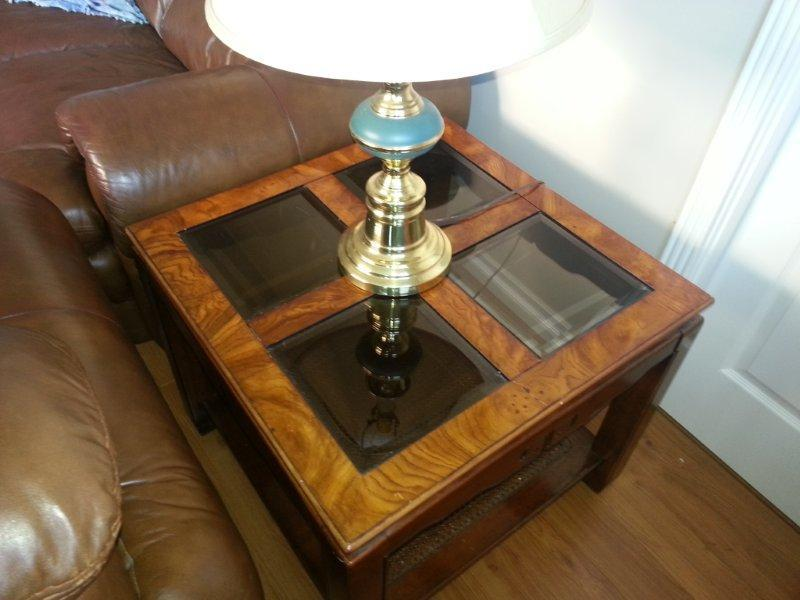 Coffee table and 2 end tables set north nanaimo for Coffee tables kelowna