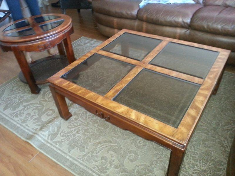 Coffee table and 2 end tables set north nanaimo nanaimo for Coffee tables kelowna
