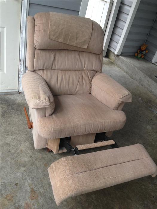 Lazy Boy Recliner Chair Central Nanaimo Parksville