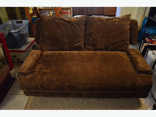 Sofa bed victoria city victoria mobile for Sofa bed victoria bc