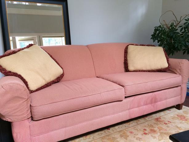 Free Sofa Loveseat Must Pick Up Saanich Victoria