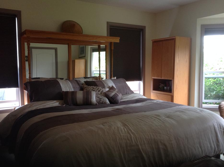 5 Piece Honey Oak Wood Bedroom Set Parksville Nanaimo