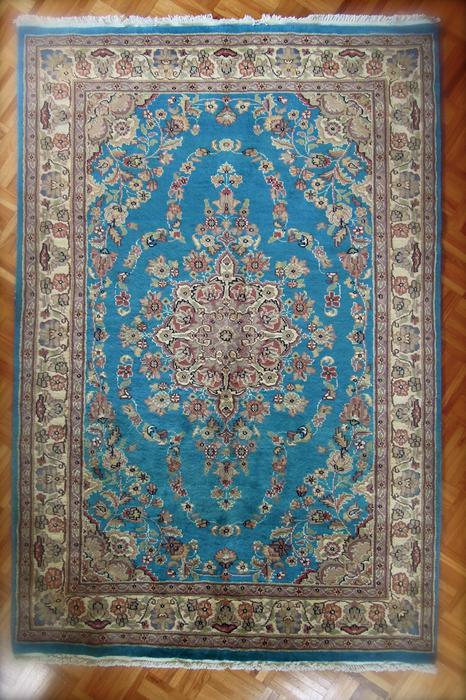 Immaculate Handknotted Persian Rug 4x6 Central Saanich