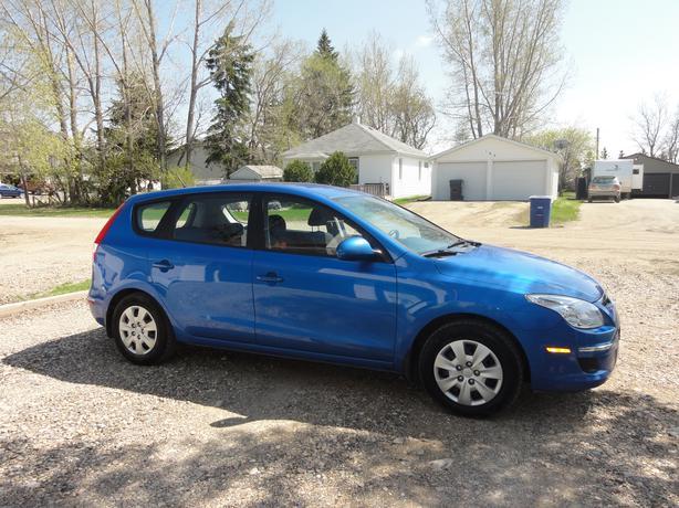 2011 Hyundai Elantra Gl Touring Hatchback Rural Regina Regina
