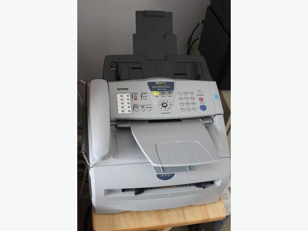 where can i use a fax machine
