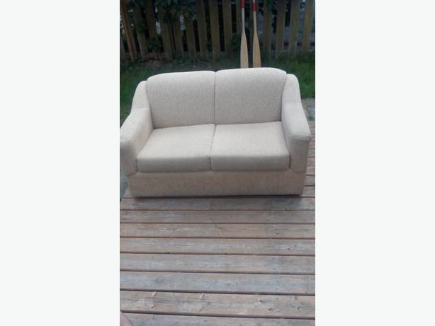 Mint Shape Loveseat Hideabed Victoria City Victoria