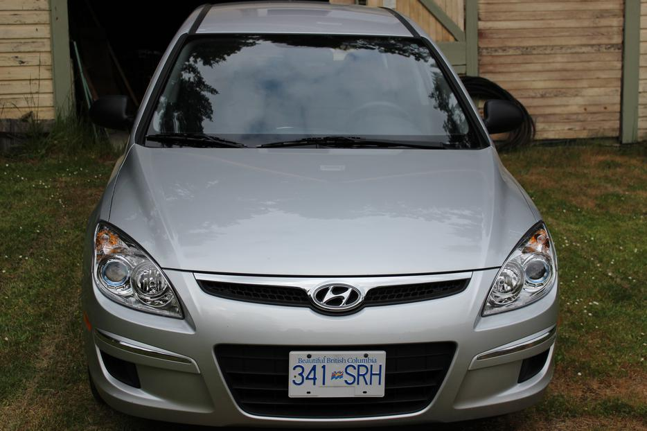 2009 hyundai elantra hatchback south nanaimo nanaimo mobile. Black Bedroom Furniture Sets. Home Design Ideas