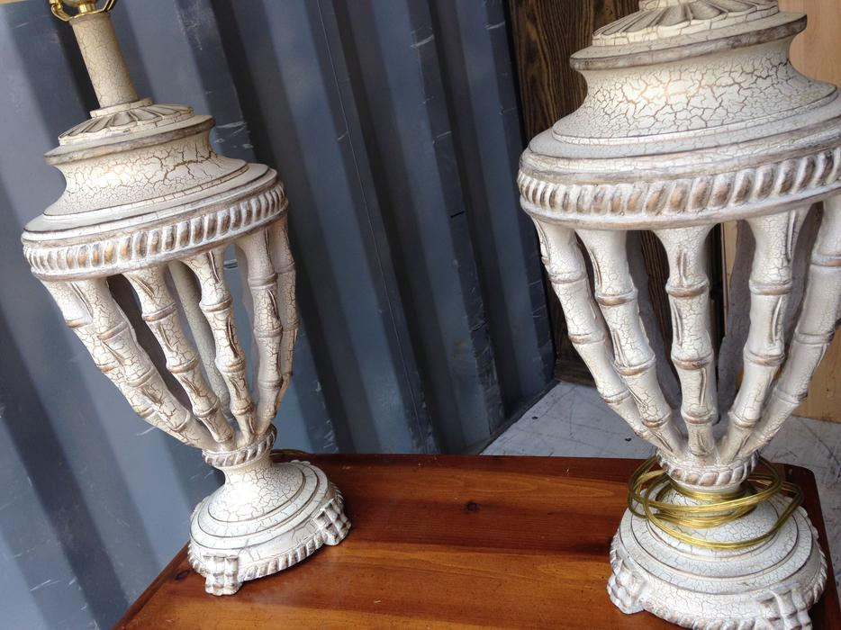 set of high end quality table lamps central nanaimo parksville. Black Bedroom Furniture Sets. Home Design Ideas
