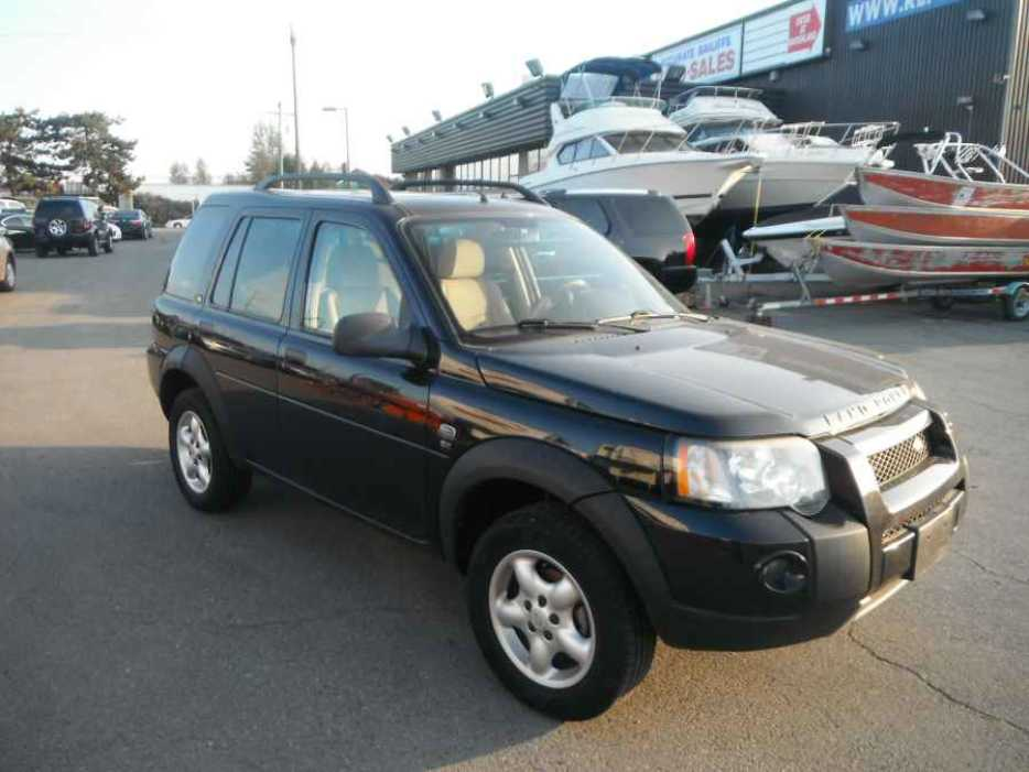 2004 land rover freelander se outside nanaimo nanaimo. Black Bedroom Furniture Sets. Home Design Ideas