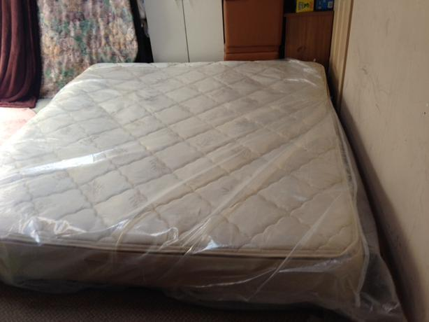 Firm Serta King Size Mattress Victoria City Victoria Mobile