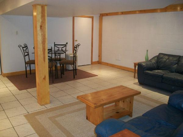 2 Bed Basement Apt Blossom Pk July 1 Central Ottawa
