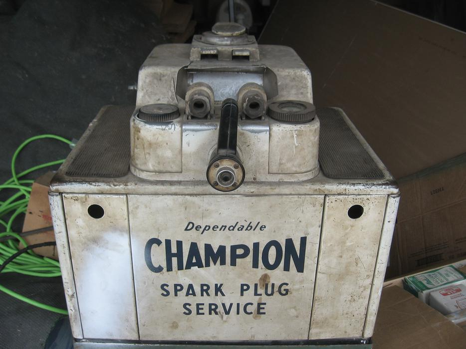 how to know which spark plug is used