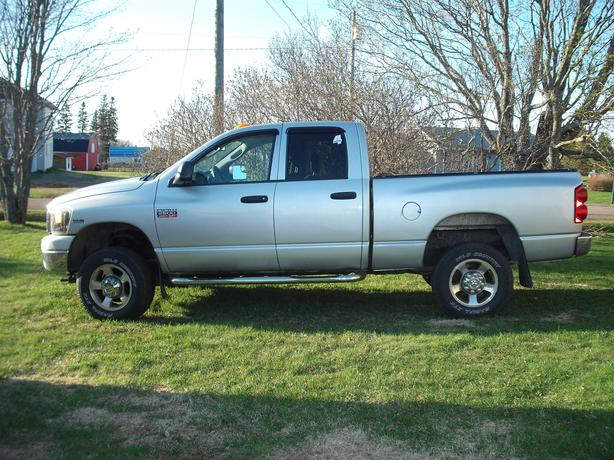 2008 Dodge 2500 Quad Cab 4 by 4  2500