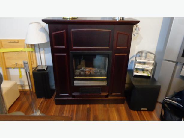 Foyer Electrique Modern Flames : Electric fireplace heater foyer electrique gatineau
