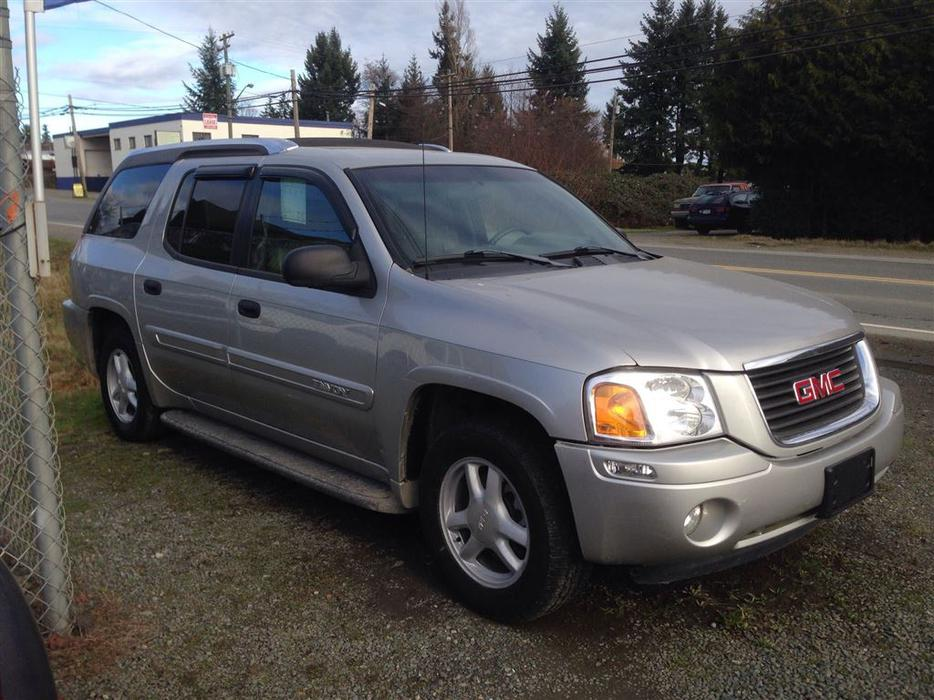 2004 gmc envoy xuv outside victoria victoria mobile. Black Bedroom Furniture Sets. Home Design Ideas