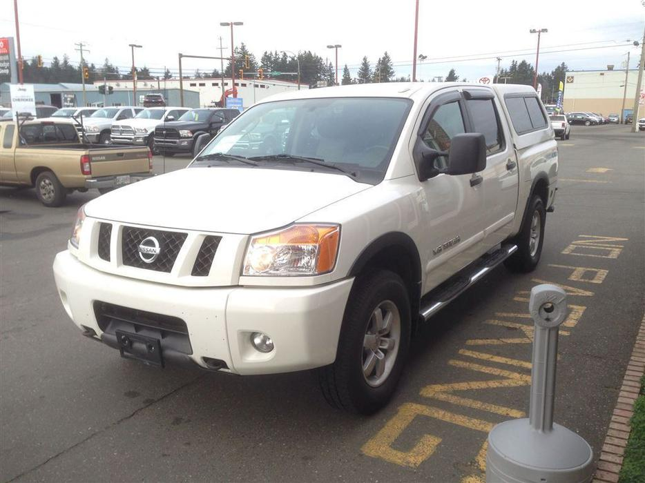 2011 nissan titan pro 4x outside victoria victoria mobile. Black Bedroom Furniture Sets. Home Design Ideas