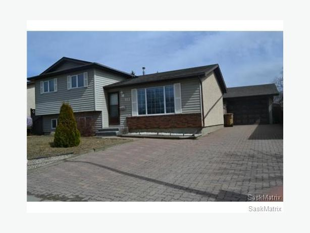 Perfect Family Home 911 Mccarthy Blvd N North Regina Regina