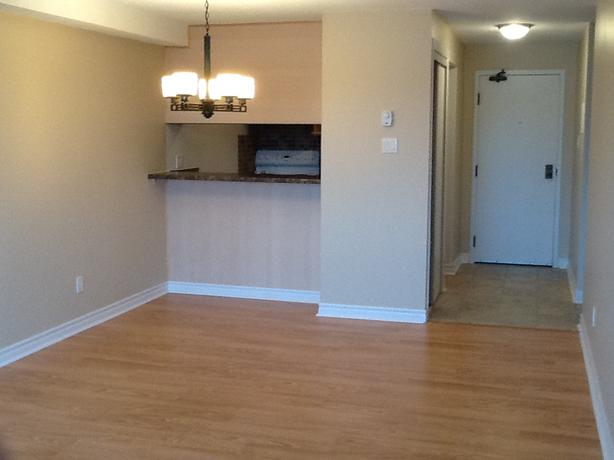 One Bedroom Apartment In Quiet Orleans Neighbourhood Orleans Ottawa