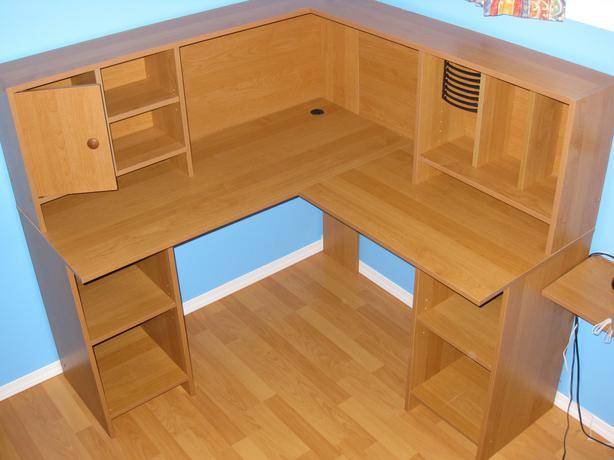 Wood corner desk with hutch hardly used pre garage