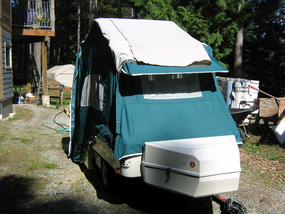 Trailers For Sale Calgary >> Lees-ure Lite Motorcycle Tent Trailer for sale Outside Victoria, Victoria
