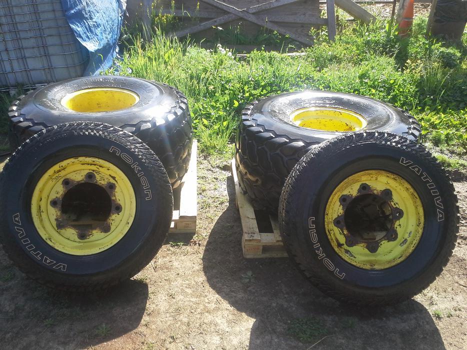 John Deere Turf Tractor Tires : John deere bolt turf tires and rims central saanich