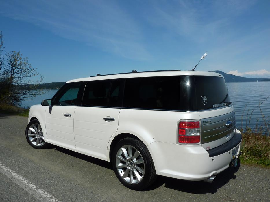 2010 ford flex limited cobble hill cowichan mobile. Black Bedroom Furniture Sets. Home Design Ideas