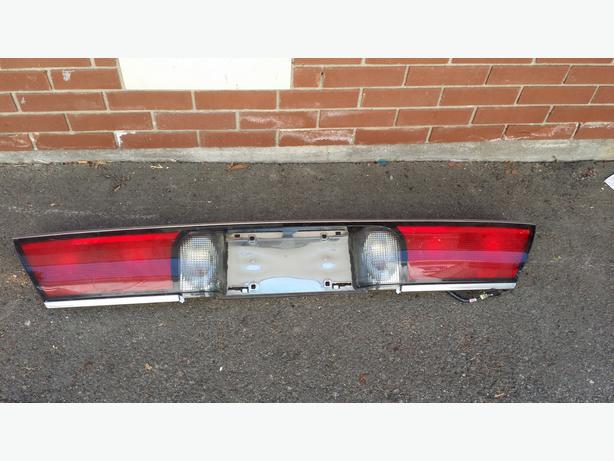 Rear Centre Light Lense for 1998 Buick Lasabre