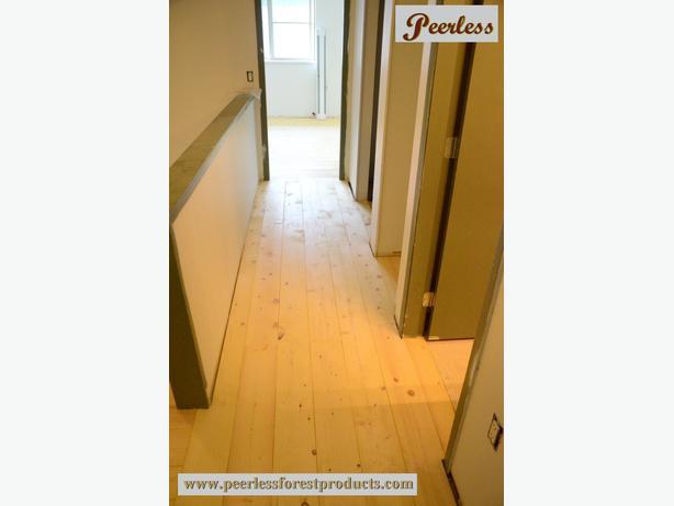 BC SOLID WOOD Pine Plank Flooring