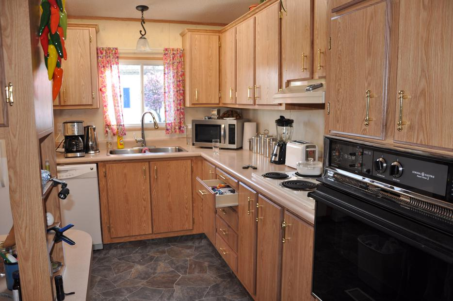 Countertop Dishwasher Used Victoria : HOME FOR SALE Esquimalt & View Royal, Victoria - MOBILE