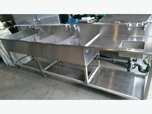 ... 2,200 ? (QUEST) STAINLESS STEEL 4 COMPARTMENT SINK WITH HAND SINK