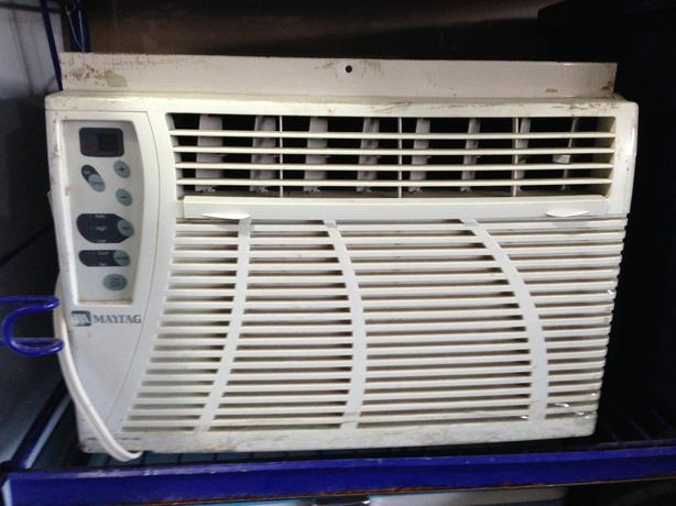 Maytag window air conditioner north nanaimo nanaimo for 18 inch wide window air conditioner