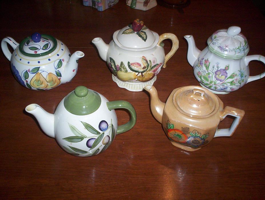 Assortment Of Tea Pots Rockland Ottawa